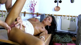 Wet MILF gonna squirt several time