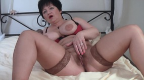Mature orgasm in stockings
