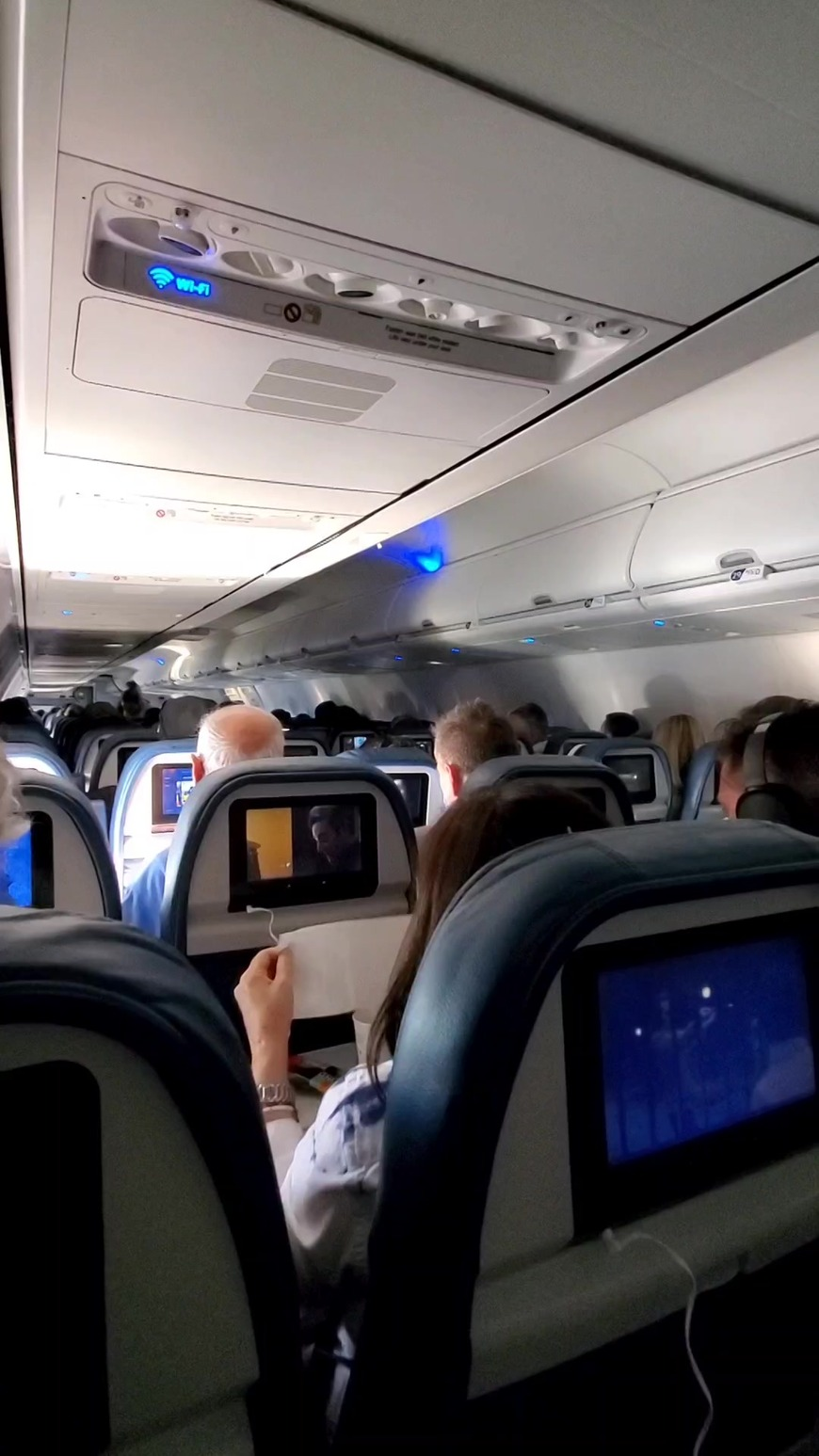 Squirting on the Airplane - clip cover-front