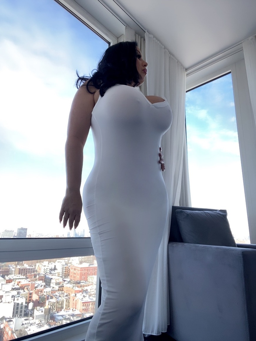 Do you like my dress 👗? - post image